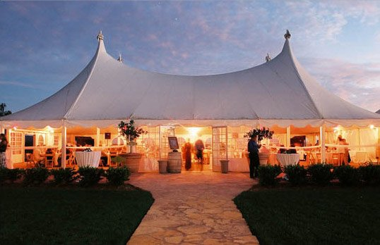 winery-tent-wedding-550.jpg